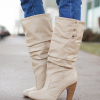 Stepping Forward Boots Beige