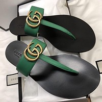 GUCCI Leather thong sandal with Double G-8