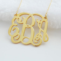 Gold Tiny Monogram Necklace 1 inch ,Personalized Monogram Pendant Necklace,Monogram Initials Jewelry,Nameplate Necklace,Christmas Gift Idea