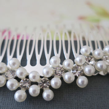 Flower Bridal Hair Comb, Pearl and Crystal Wedding Hair Piece, Wedding Hair Accessories Vintage