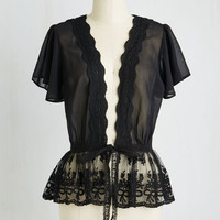 Vintage Inspired Mid-length Short Sleeves To Quiche Their Own Cardigan in Noir