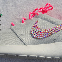NEW Platinum / Pink -Nike Roshe Run - Women's / Girls'