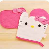 1 X New Kitchenwear- Oven Mitts & Pot Holders Set of 2-hello Kitty Style by 3Cshop