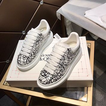 Alexander McQUEEN  Men Fashion Boots fashionable Casual leather Breathable Sneakers Running Shoes