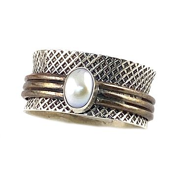 Spinner Ring - Textured Two Stone Copper Pearl