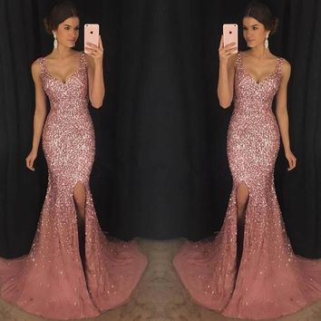 Gorgeous Sleeveless V-neck Tulle Prom Gowns Beading Mermaid Floor Length Evening Gowns Fashion Formal Party Dresses Custom Made