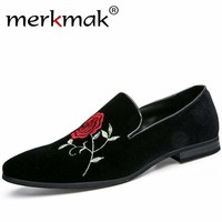 Merkmak New Fashion Men Party and Wedding Handmade Loafers Men Shoes with Rose Flower Embroidery Men Dress Shoe Men's Flats