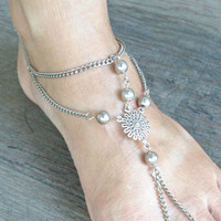 Bohemian Chain Anklet - ONE silver barefoot sandal - Foot Chain - Foot Jewelry - Foot Bracelet - Wedding Shoes - Bohemian Wedding Shoes