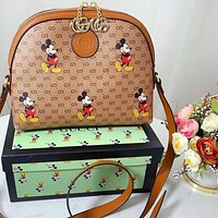 Gucci 2020 new Mickey shell bag can be slung on one shoulder Scallop Type print Disney joint