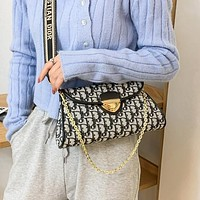 Dior CD classic letters embossed pattern buckle hand chain bag fashion lady shoulder messenger bag