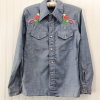 Charla blouse // 1970s blue denim chambray western style hippie top unisex // embroidered birds palm tree // size S 34
