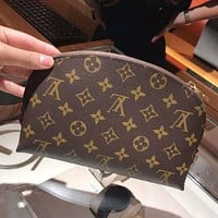 Inseva LV Louis Vuitton Fashionable Women Zipper Toiletry Handbag Cosmetic Bag Purse Wallet