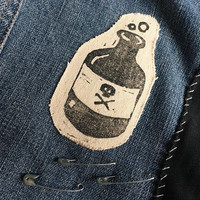 danger drank patch // poison bottle o drink // sew on or iron on