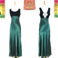 1990s formal maxi dress, vintage corset lace up dress, 90s crushed velvet maxi gown, retro prom dress, empire waist, green velvet dress XS/S