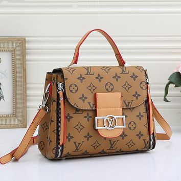 Louis Vuitton LV Hot Sale Fashion Vintage Ladies Handbag Messenger Bag Cosmetic Bag