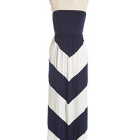 Queen Of Chevron Maxi - Navy/White
