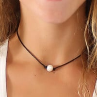 Vintage Pearl and Leather Necklace Choker
