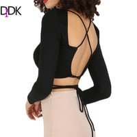 DIDK Female Summer Fashion Tops Black Criss Cross Backless Tee Shirt Round Neck Long Sleeve Casual Cropped T-shirt