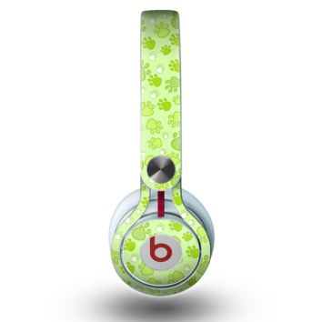 The Vibrant Green Paw Prints Skin for the Beats by Dre Mixr Headphones