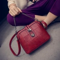 Stylish Vintage Style Small Leather Crossbody Handbag Shoulder Bag