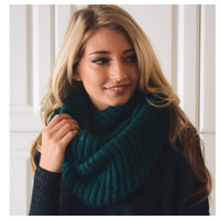 """""""Your New Favorite"""" Cozy Warm Ribbed Knit Teal Infinity Scarf"""