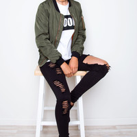 Mystery High Rise Distressed Jeans - Black