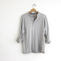 vintage long sleeve army green top. button front henley. cotton shirt L