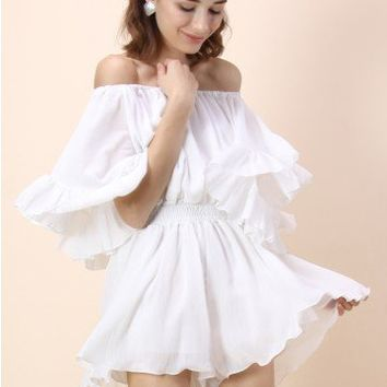 Frill Like Dancing Off-shoulder Playsuit in White
