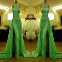 Gorgeous Green High Neck Lace Prom Dresses With Slit Sexy Mermaid Crystal Beaded vestido de formatura