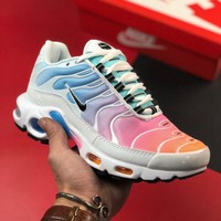 Nike Air Max Plus cushioning cushion sneakers shoes