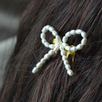 ivory pearl bow gold comb freshwater pearls on a gold hair comb slide clip for cute vintage style