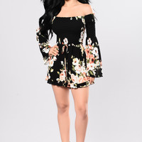 Walk Right in Romper - Black/Floral