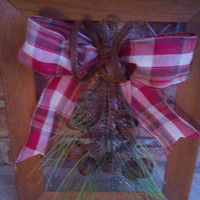 Christmas picture frame - picture frame wreath - christmas wreath - primitive christmas wreath - repurposed christmas decor