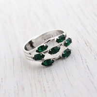Vintage Emerald Green Glass Ring - Statement Adjustable Silver Tone Signed Sarah Coventry Cocktail Jewelry / Multi Lites 1974