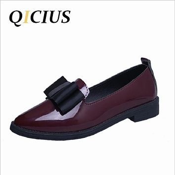 QICIUS 2017 Autumn New Leather Flats Women Low Square Heels Oxfords Shoes Women Flats Bow Pointed Toe Flats B0028