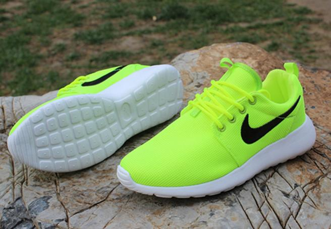"""Image of """"NIKE"""" Trending Fashion casual sports shoes"""