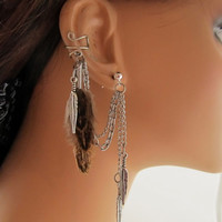 Patterned Brown Feathers Ear Cuff Textured Chain