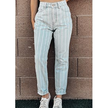 Venice Beach Relaxed Straight Fit Cuffed Jeans