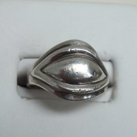 Vintage Cat's Eye Silver RIng, Size 6 3/4, Silver 925, 3.5 Grams, Free Shipping!