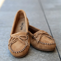 Minnetonka Kilty Suede Moccasin {Taupe}