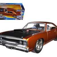 """Dom's 1970 Plymouth Road Runner Copper """"Fast & Furious 7"""" Movie 1-24 Diecast Model Car by Jada"""
