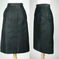 1980s leather skirt, black high waist pencil skirt w subtle texture, rocker, new wave edgy skirt, Pelle Cuir Small, XS