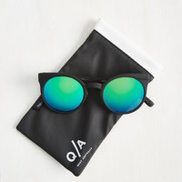 Forecast a Glance Sunglasses in Black