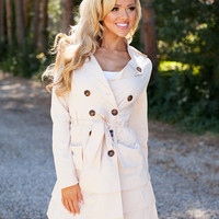 Ruffled Beauty Peacoat Beige