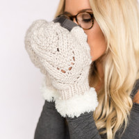 Crossover Knitted Mittens with Fur Trim