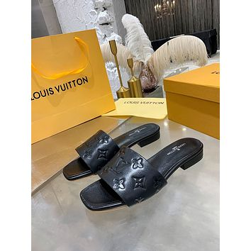 lv louis vuitton men fashion boots fashionable casual leather breathable sneakers running shoes 1050