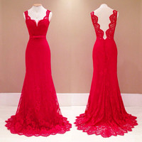 Red Sleeveless V-Cut Back Scallop Floral Lace Mermaid Dress