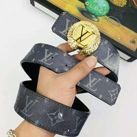 LV Louis Vuitton New Fashion Women Men Circular Smooth Buckle Belt Leather Belt