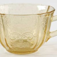 Amber Madrid Cup with handle