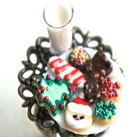 Christmas Cookies and Milk Ring